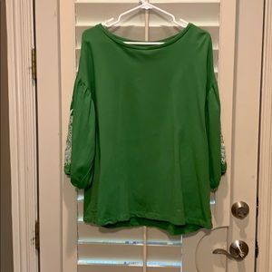 Heavy weight Green top